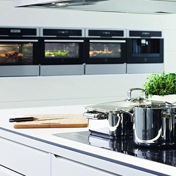 aeg electrolux onlineshop moebelplus. Black Bedroom Furniture Sets. Home Design Ideas