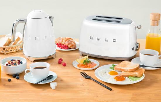 Amerikanischer Kühlschrank Retro Smeg : Smeg küchengeräte im er jahre retro design moebelplus