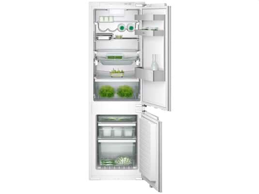 Die Produktabbildung zeigt eine komplette Ansicht der Gaggenau RB 287 203 Einbau Kühl-Gefrierkombination im geöffneten Zustand. Das Modell ist mit allen Geräten der Vario Serie 200 kompatibel.