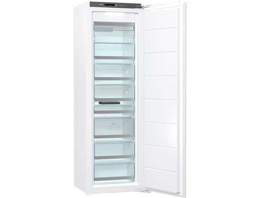 Der Einbaugefrierschrank bietet Ihnen viel Platz für Ihre eingefrosteten Lebensmittel.