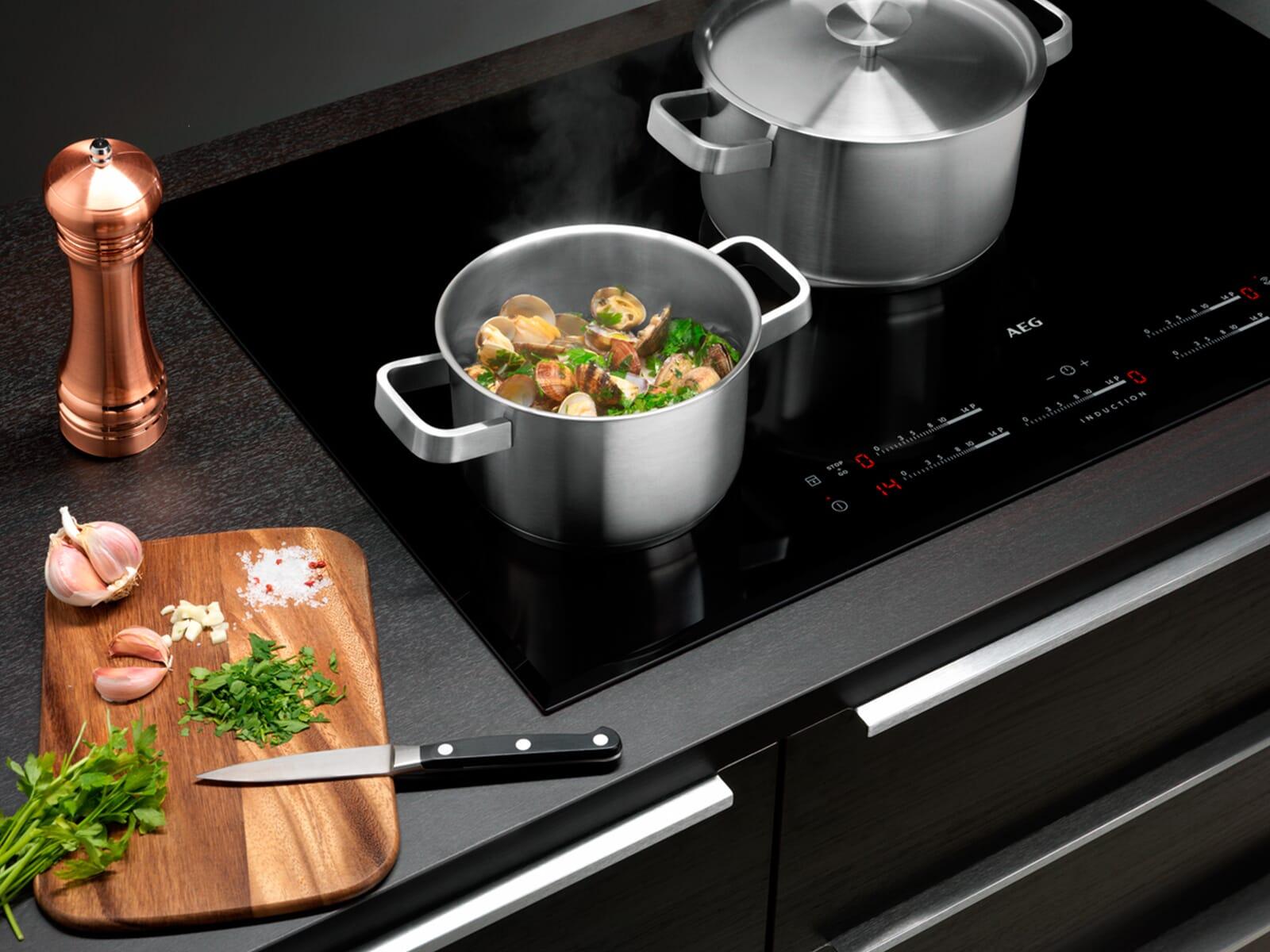 AEG A3SS 3 teiliges Koch- und Brat -Set
