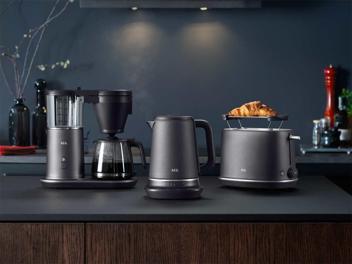 AEG CM7-1-4MTM Kaffeemaschine Midnight Titanium