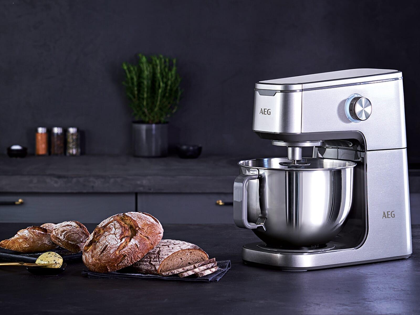 AEG KM7300 Küchenmaschine Silberfarben