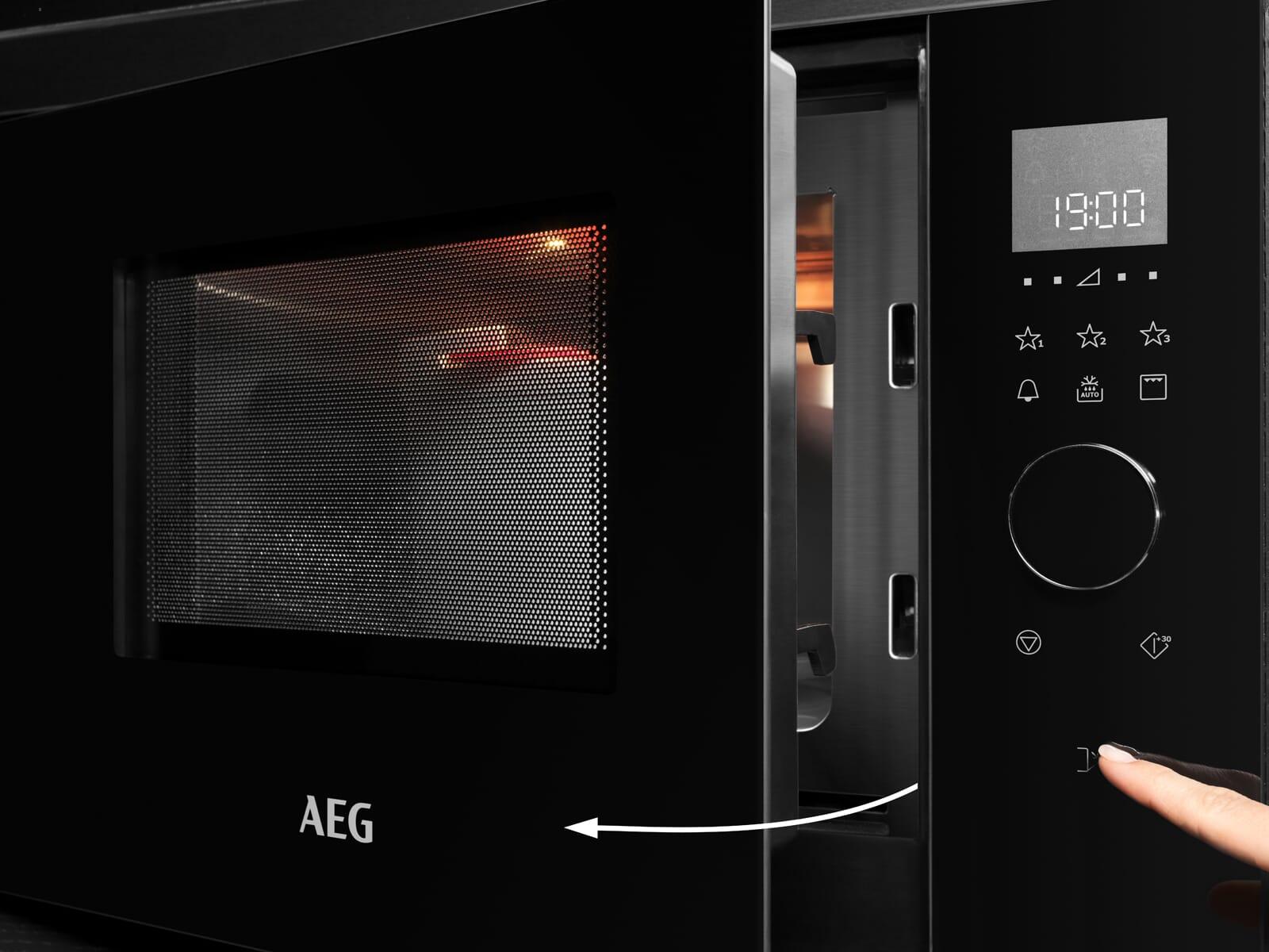 AEG MBE2657DEM Einbau-Mikrowelle mit Grill Edelstahl