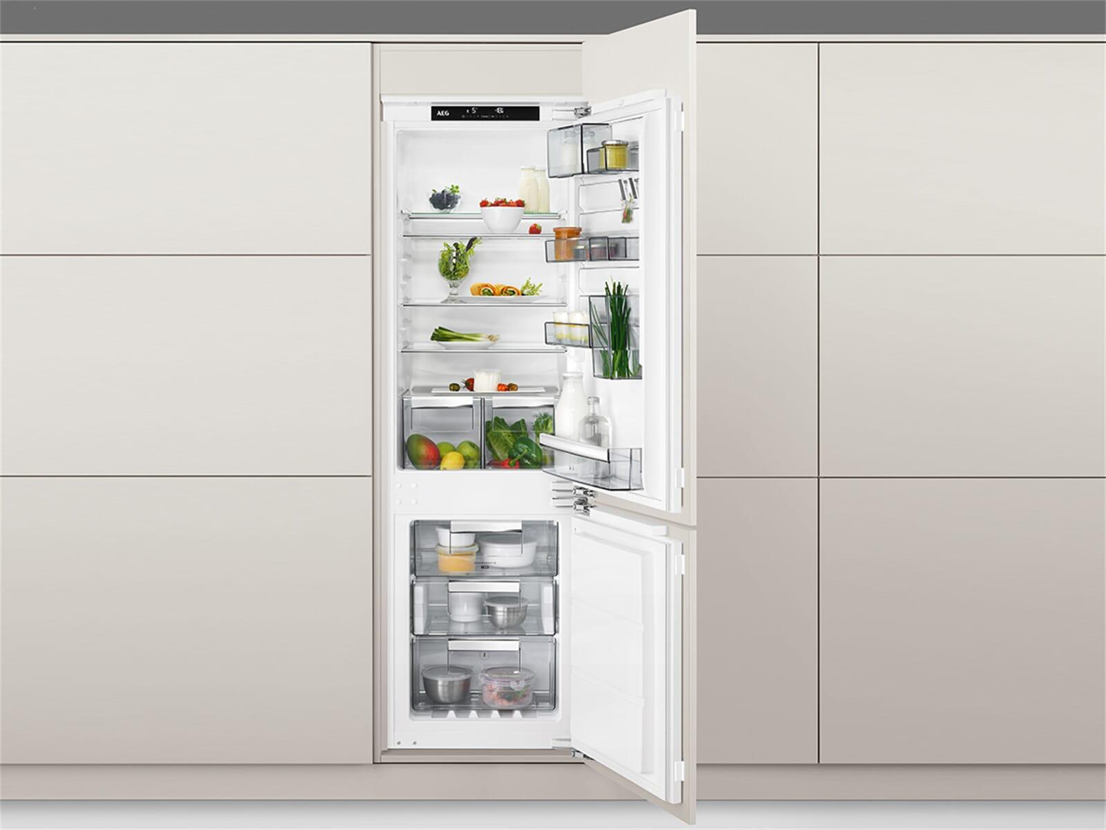 Aeg Kühlschrank Festtür Montage : Aeg sce81824nc einbau kühl gefrierkombination
