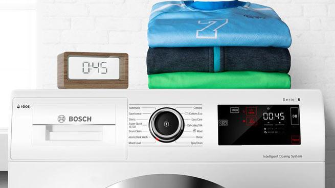 Bosch WAYH8749 Waschmaschine Weiß Home Connect Sportswear AllergiePlus