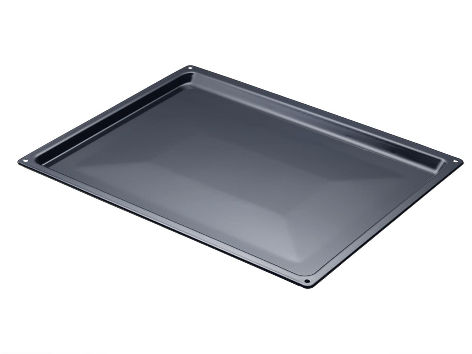 Das Backblech passt in alle Backöfen mit einer Breite von 50 cm.