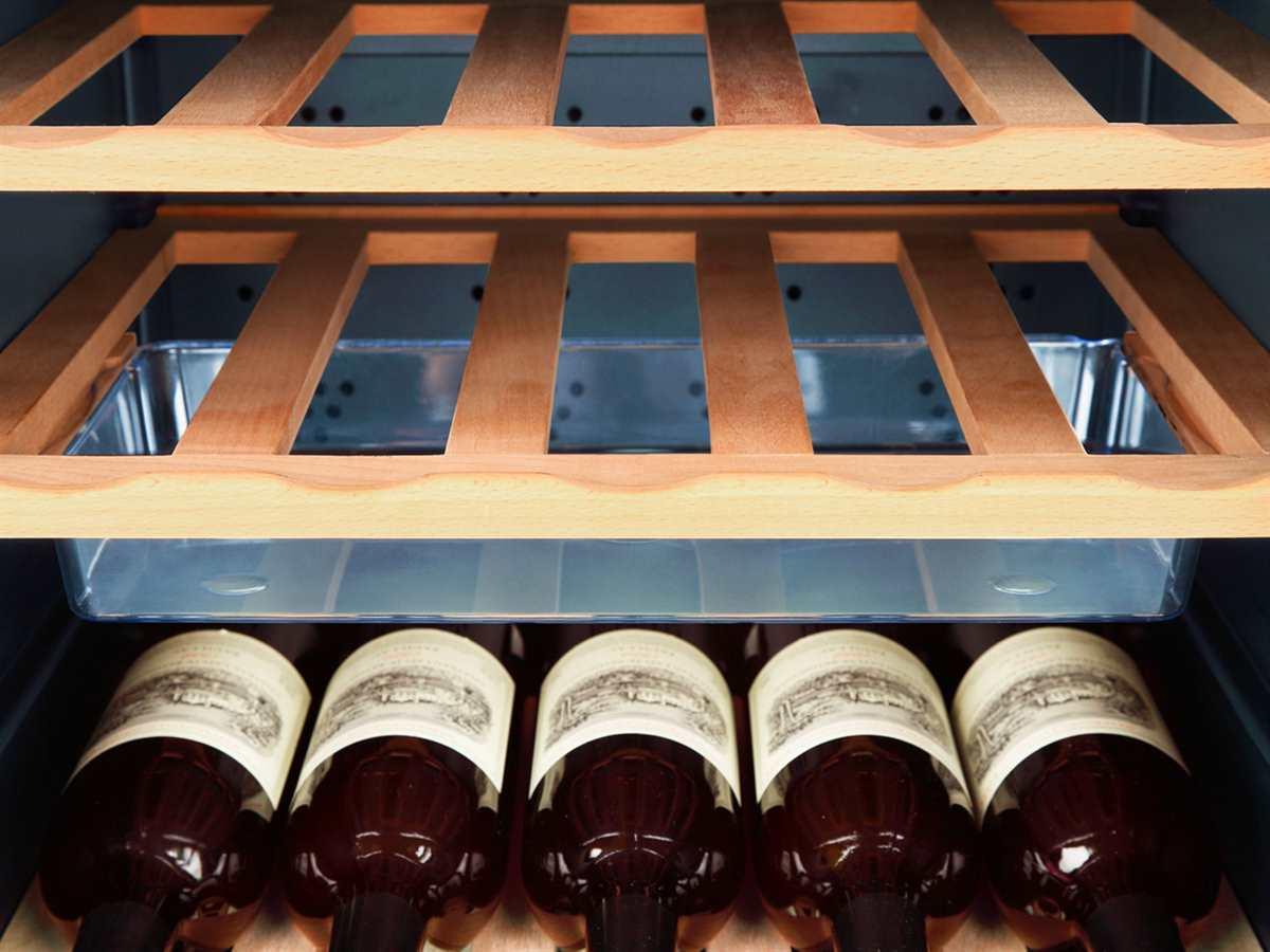 Haier WS50GA Stand Weinkühlschrank Weinklimaschrank Schwarz