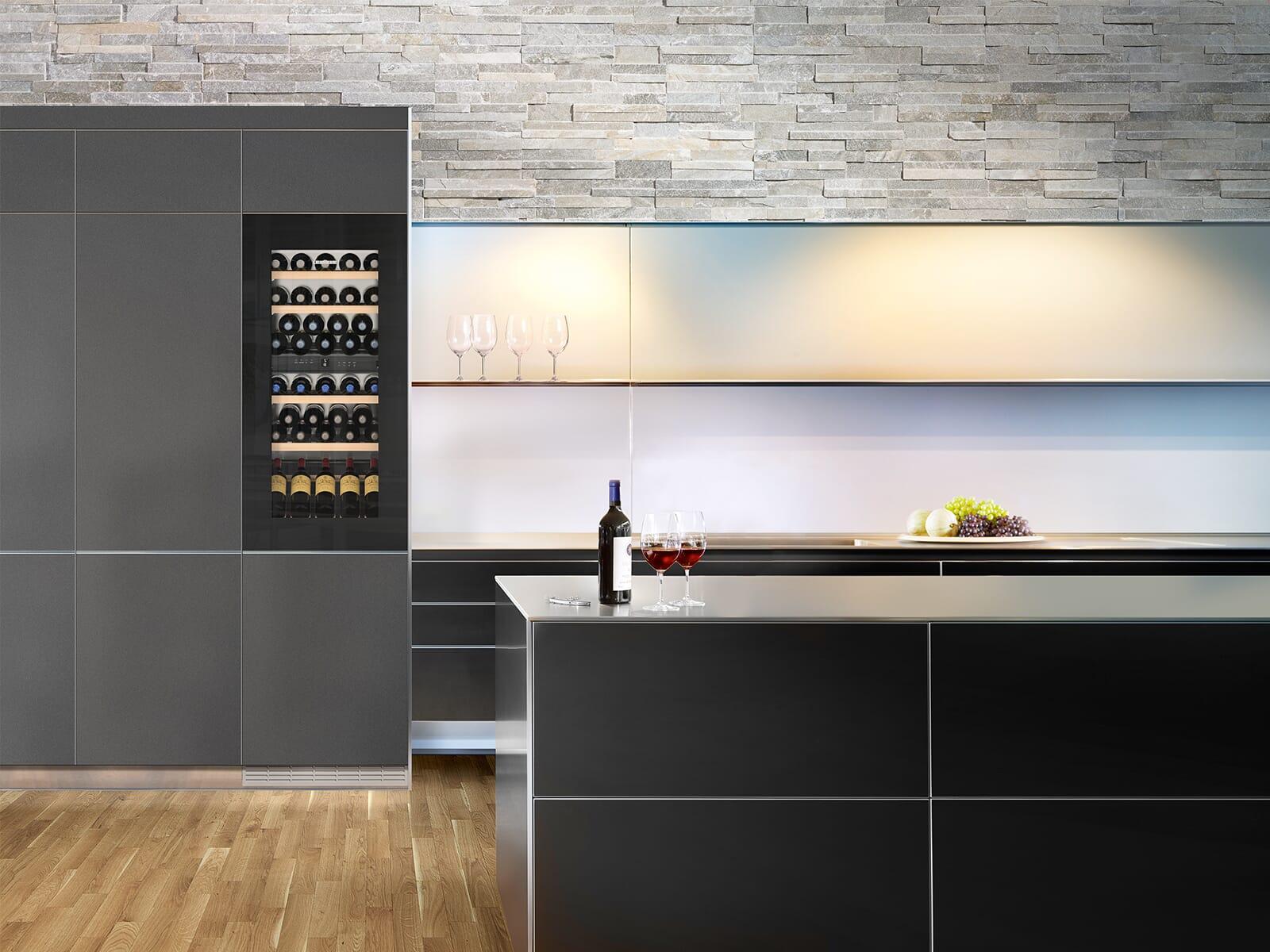 Liebherr EWTgb 2383 Vinidor Einbau Weintemperierschrank für 51 Flaschen Energieeffizienzklasse A