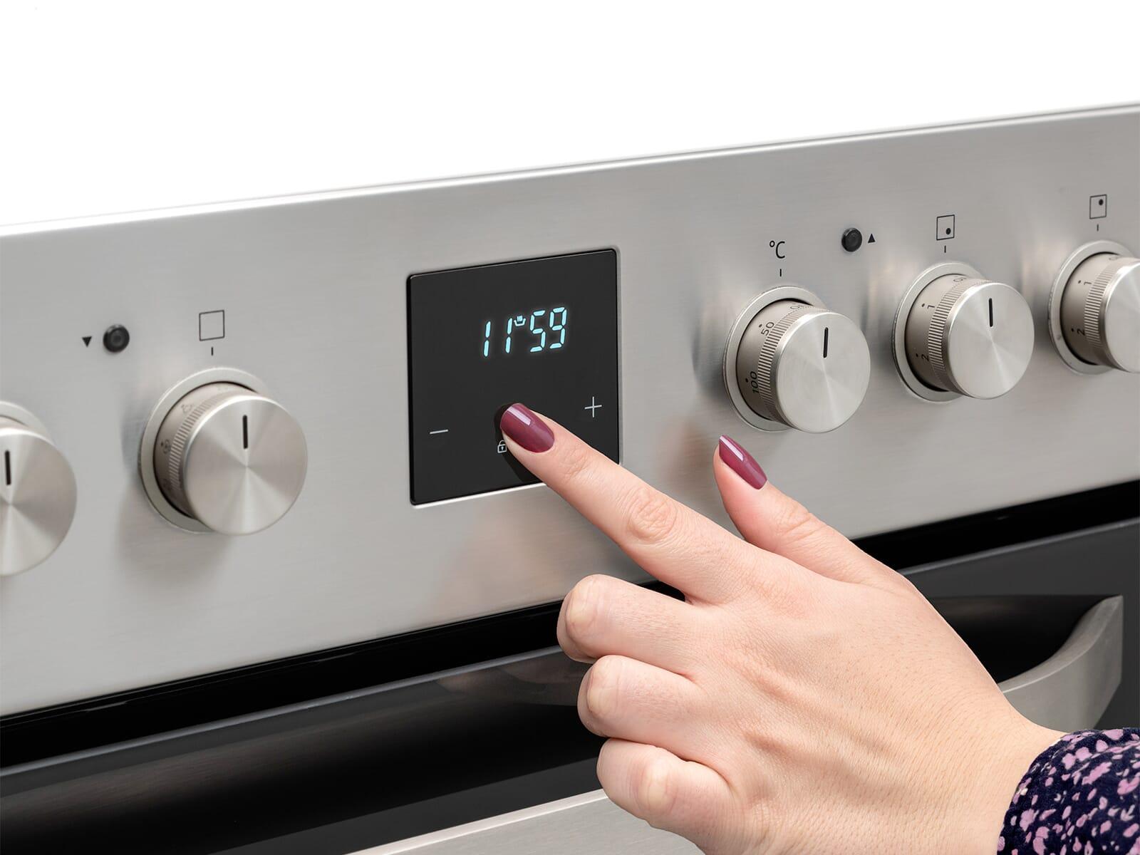 Samsung F-NB69R2300RS Set Einbauherd NB69R2300RS/EG + Glaskeramikkochfeld NZ64R3525CK/EG