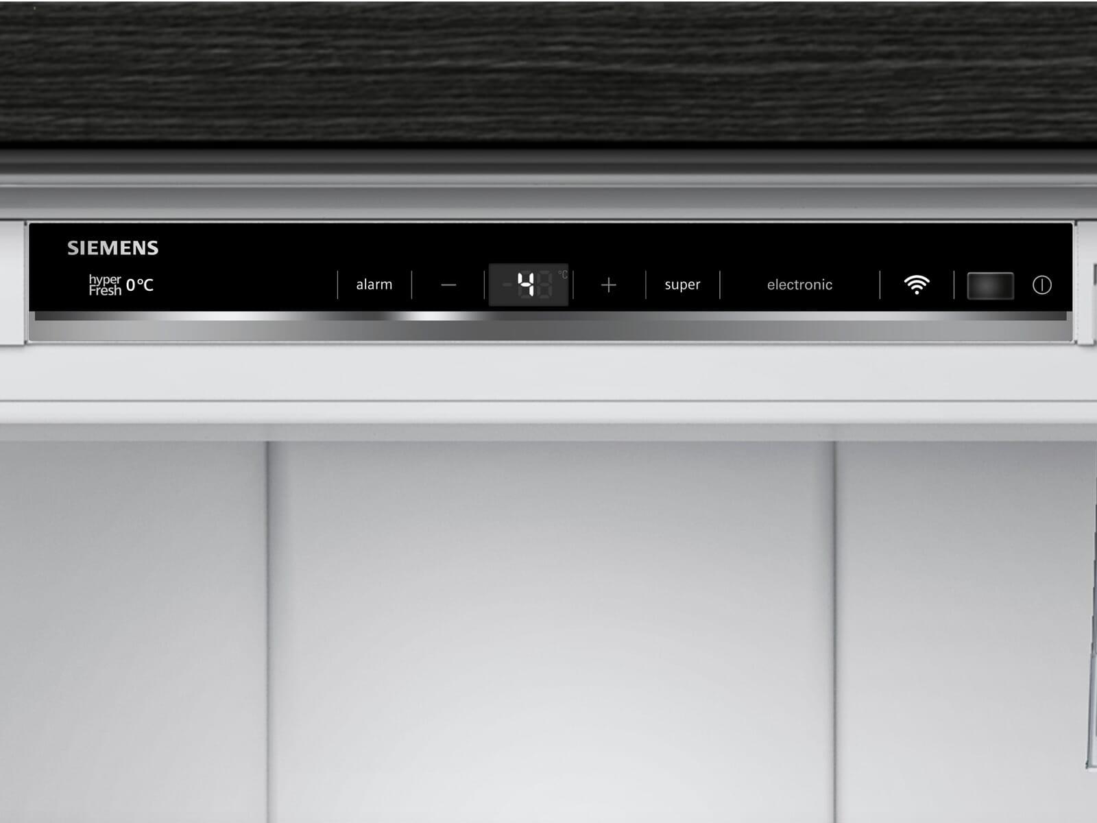 Siemens studioLine KI81FHDD0 Einbaukühlschrank
