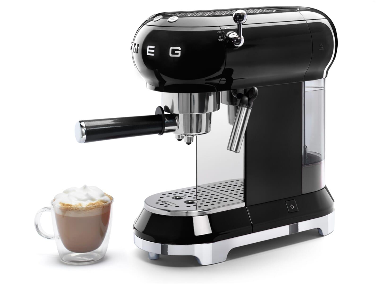 smeg ecf01bleu espresso kaffeemaschine schwarz. Black Bedroom Furniture Sets. Home Design Ideas