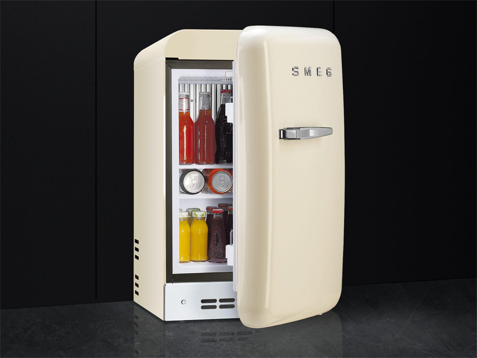 Kühlschrank Creme : Smeg fab rcr standkühlschrank creme