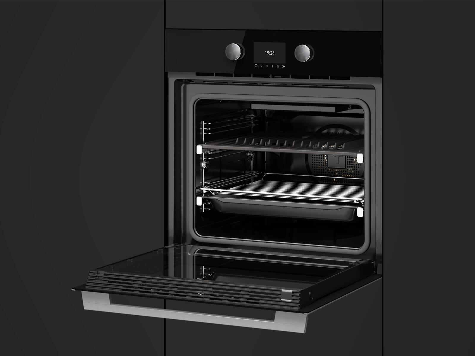 Teka SteakMaster Pyrolyse Backofen 700°C Power-Grill Black Edition inkl. Gourmet-Fleischpaket